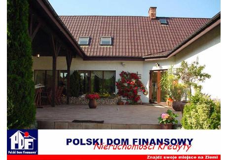Dom na sprzedaż - Zakręt, Wiązowna, Otwocki, 570 m², 1 700 000 PLN, NET-323713