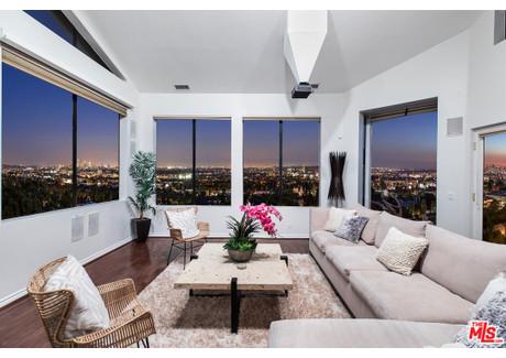 Dom na sprzedaż - 7866 Fareholm Dr Dr Los Angeles, Usa, 335 m², 2 399 000 USD (9 116 200 PLN), NET-57701077